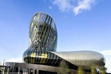Christophe Bertaux, Wein Tourismus Berater Von Gironde Tourisme, Nimmt Sie  Mit Auf Eine Tour Durch Die Welt Des Weins Von Bordeaux.